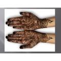 Arts: Mains henné arts sec. 3