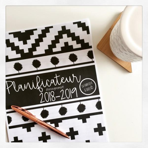 Planificateur 2018-2019 - Noir et Blanc