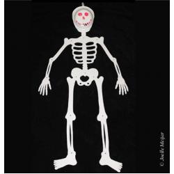 Fabriquer un grand squelette mobile