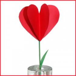 Fleur en papier pour la Saint-Valentin