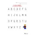 Les lettres d'alphabet ordonnées et mélangées